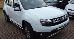 2015 Dacia Duster 1.5 dCi Laureate 5dr White