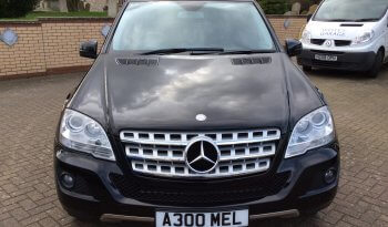 2010 Mercedes-Benz ML300 Sport 3.0 CDi Blueefficiency Auto full