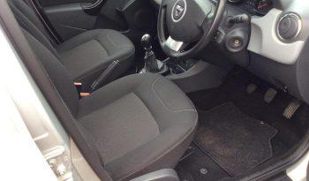 2013 Dacia Duster 1.5 dCi Laureate 4×4 5dr Silver full